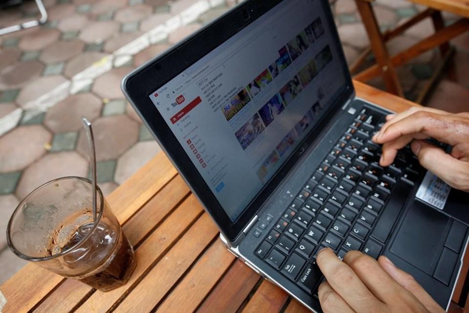 ,JjyEK91J50GX8hi_BA5aWg.jpg bilgisayar