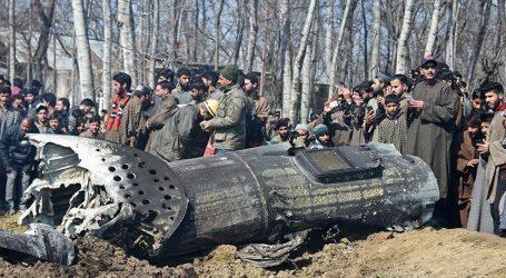 Pakistan Hint Uçağını düşürdü