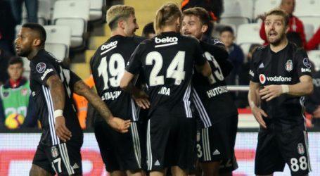 Beşiktaş Antalya'da  gol olup yağdı:6-2