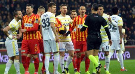 Fenerbahçe bir VAR bir yok :1-0