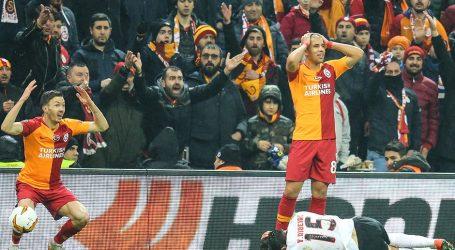 Galatasaray ,Benfica 'ya boyun eğdi:2-1
