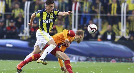 Kadıköy de gelenek bozulmadı:1-1