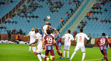 Trabzon Antalya' yı rahat geçti:4-1