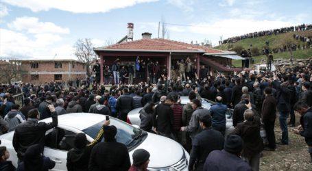 Çubuk ta Gerici ve YOBAZLAR Kılıçdaroğlu' na saldırdı
