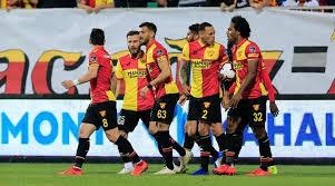 Göztepe Süper ligdekaldı,Bursaspor düştü
