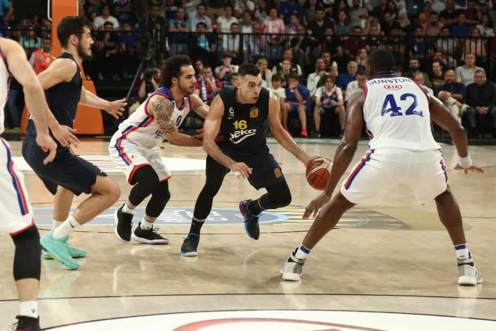anadoluefes-fb-basketbol-sampiyon-1024x683
