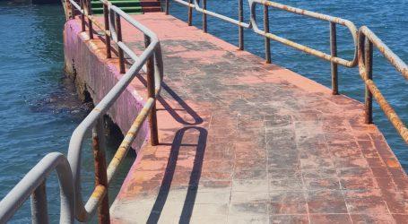 """""""Erdemir Plajı acilen HALKA AÇILMALIDIR"""""""