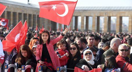 """""""ATAM ANKARA'MIZ, CUMHURİYETİMİZ EMİN ELLERDE"""""""