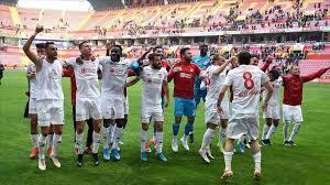Sivasspor zirveyi bırakmıyor:4-1