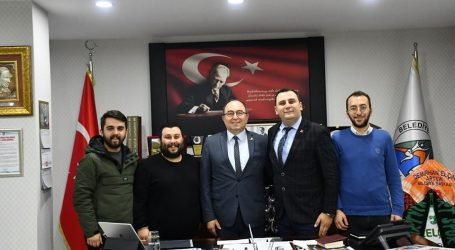 CHP GENÇLİK KOLLARINDAN BAŞKAN ELÇİN'E ZİYARET