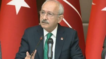 """""""Erdoğan, demokrasi, ekonomi, siyasal ahlak, israf açılarından ülkemize bir yüktür"""""""