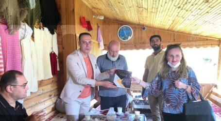Gürcistan Ankara Büyükelçisi George Janjgava  Şavşat'ı ziyaret etti