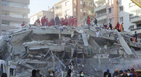 Enkazdan 100 kişi kurtarıldı,25 kişi vefat etti