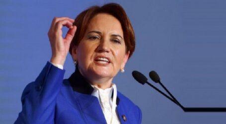 """"""" Demek ki mesele başörtüsü değil 'ya AKP'lisin ya hainsin' meselesiymiş"""""""