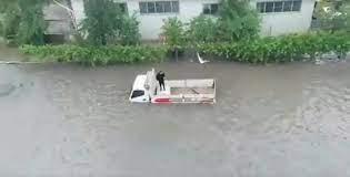 Ankara da görülmemiş yağmur sele neden oldu