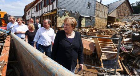 Merkel'den  Sel felaketine uğrayanlara  400  milyon euroluk yardım sözü