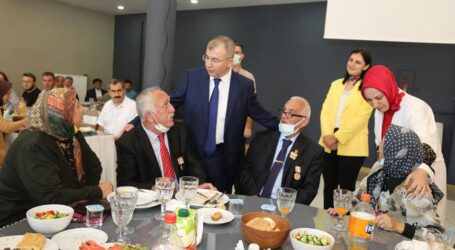 ARTVİN'DE ŞEHİT AİLELERİ VE GAZİLER DERNEĞİ PROĞRAM DÜZENLEDİ