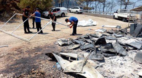 Maltepe Belediyesi ekipleri Marmaris'te yangınla savaşıyor