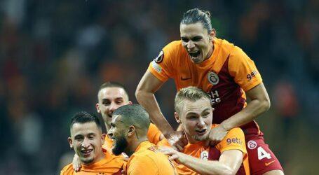 Galatasaray ve Fenerbahçe iyi başladı